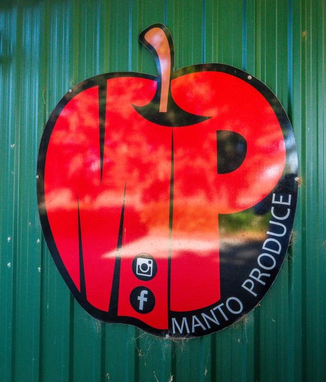 Sun Country on the Murray, Murray River, Sun Country Food Trail, Glenn Marshall, Glenn Marshall Travel Writer, Manto Produce