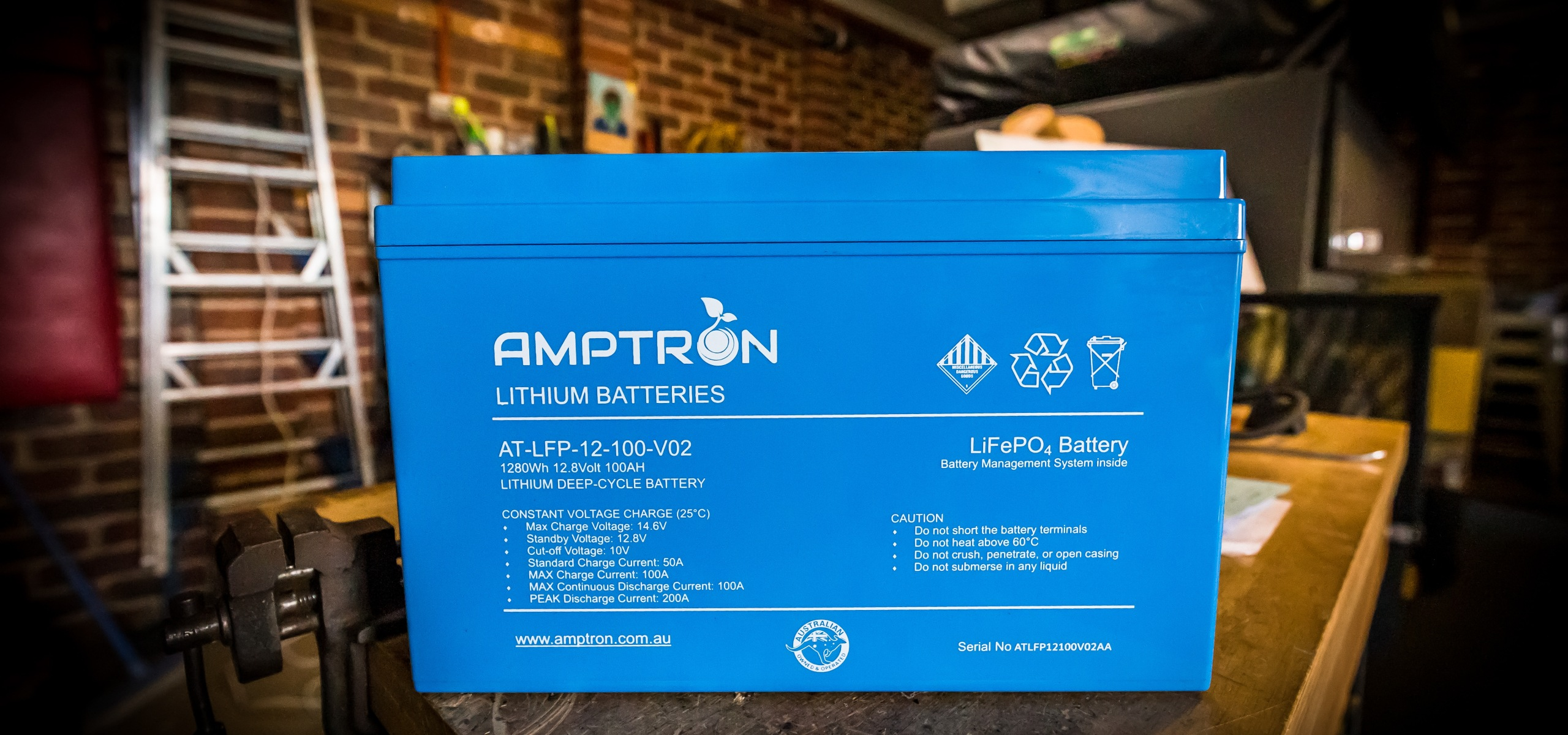 AMPTRON LiFePo4 100Ah Battery